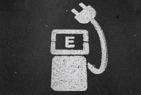 Apple начала исследовать методы зарядки электрокаров