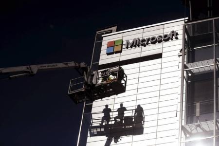 Microsoft снова увольняет людей в телефонном подразделении