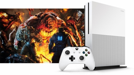 Microsoft Xbox One S с поддержкой 4K «засветилась» до старта E3
