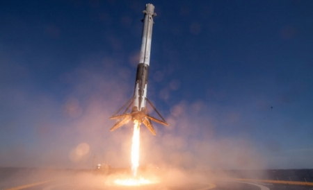 Повторный запуск ракеты SpaceX Falcon 9 состоится в сентябре