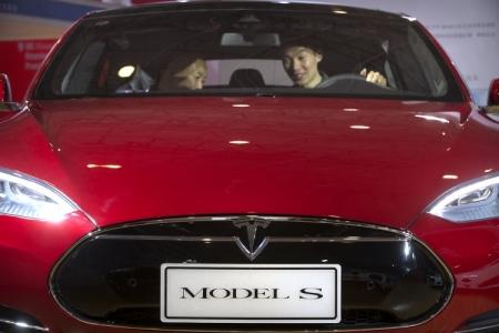 Samsung может стать поставщиком батарей для Tesla