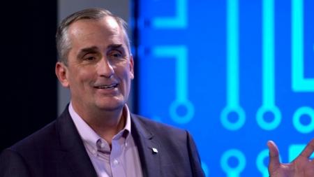 Глава Intel: цикл замены ПК увеличился почти в полтора раза