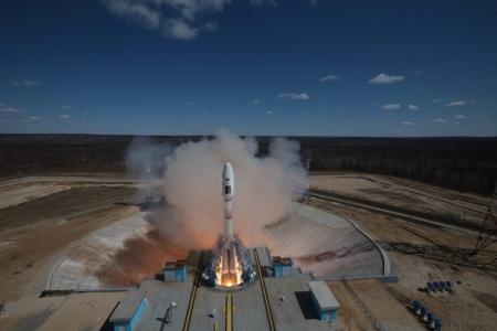 Космодром Восточный готовится к отправке новых спутников ВНИИЭМ