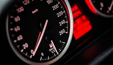В России будет внедрена система испытаний автомобилей по уровню вредных выбросов