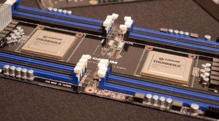 54-ядерные ARM-чипы Cavium ThunderX2 будут быстрее Intel Xeon E5