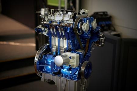 Литровый мотор Ford EcoBoost признан лучшим малолитражным двигателем 2016 года