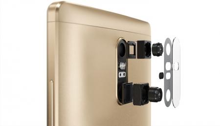 Представлены ещё два планшетофона Lenovo PHAB2