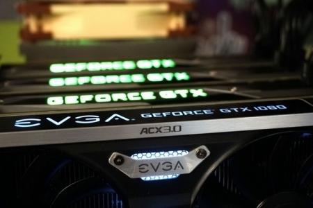 NVIDIA отказывается от поддержки 3-way/4-way SLI