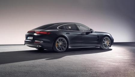 Porsche Panamera нового поколения выйдет в гибридных модификациях