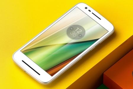 Смартфон Moto E3 получил 5-дюймовый дисплей формата 720р