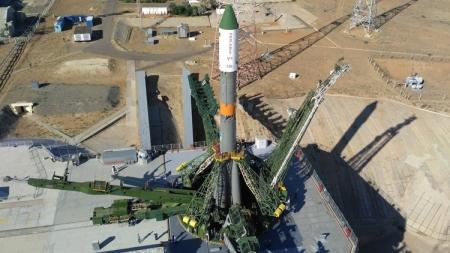 Ракета-носитель «Союз-У» с грузовым кораблём «Прогресс МС-03» готова к старту