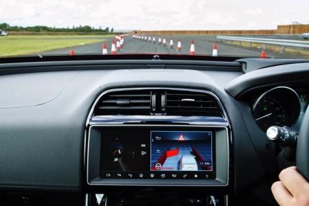 Самоуправляемые автомобили Jaguar Land Rover появятся на британских дорогах