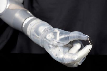 LUKE — бионический протез руки с новым уровнем подвижности
