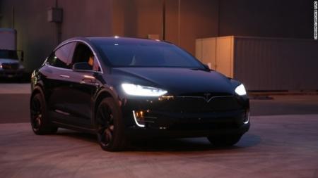 Элон Маск: Tesla Model X попал в аварию в Пенсильвании с отключённым автопилотом
