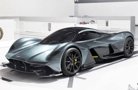 Aston Martin сняла завесу тайны с гиперкара AM-RB 001