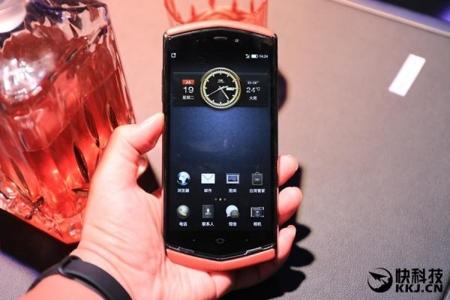 8848 Titanium M3: китайский люкс-смартфон в стиле Vertu