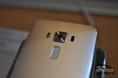 ASUS ZenFone 3 Deluxe стал первым смартфоном с чипом Snapdragon 821