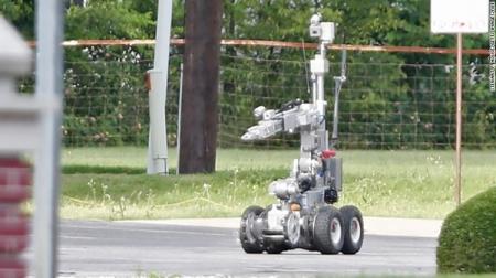 В США робот взорвал подозреваемого в расстреле полицейских