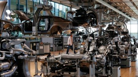 Volkswagen урегулировал конфликт с поставщиками комплектующих для Golf и Passat