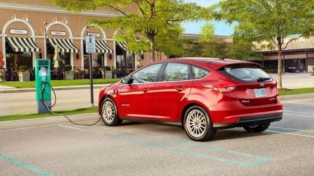 Новый электромобиль Ford Focus сможет проезжать без подзарядки 170–180 км