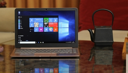 Ноутбук Livefan S1 оснащён процессором Intel Core M и экраном формата QHD