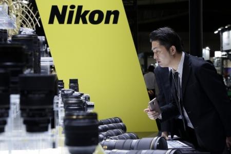 Выручка Nikon упала на 9 % из-за слабых продаж фотокамер