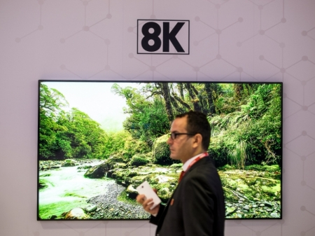 Серийные поставки 8K-дисплеев начнутся до конца года