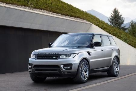 Кроссовер Range Rover Sport 2017 получил систему помощи при буксировке прицепа