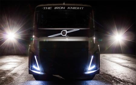 Тягач Volvo Iron Knight готовится побить мировой рекорд скорости