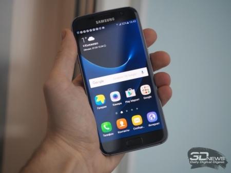 Изогнутый дисплей может статьвизитной карточкойсмартфонов Samsung Galaxy S