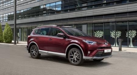 Toyota RAV4 Exclusive: городской кроссовер с сервисами «Яндекса»