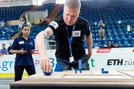 Российские спортсмены с киберпротезами примут участие в Первом международном «Кибатлоне»