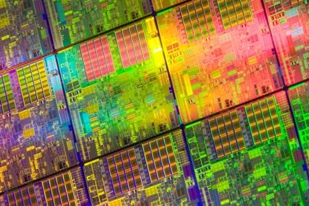 Intel выпустит 10-нанометровые процессоры во второй половине 2017 года