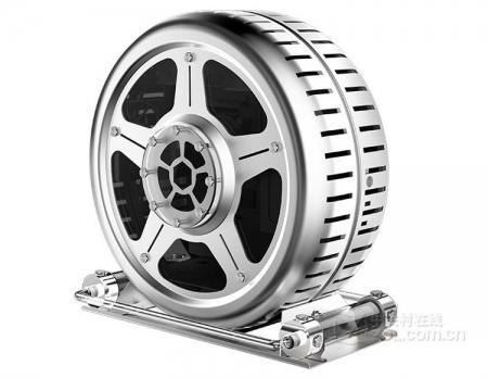 Фото дня: компьютерный корпус-колесо диаметром 52 см