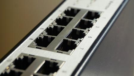 Российских операторов связи обяжут перейти на отечественное оборудование