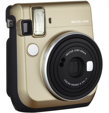 Fujifilm Instax Mini 70 в эксклюзивной дизайнерской версии