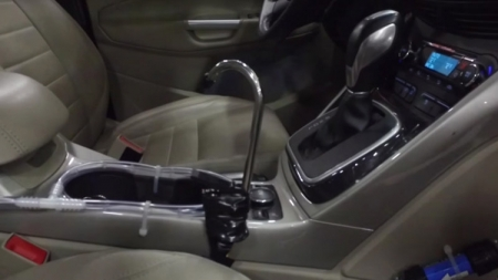 Ford предлагает пить воду из автомобильного кондиционера