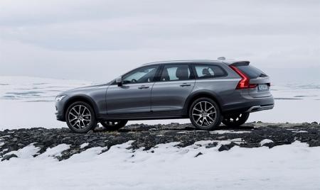 Volvo V90 Cross Country: универсал премиум-класса повышенной проходимости