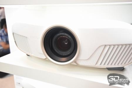 IFA 2016: проекторы Epson с поддержкой 3D, HDR и 4K Enhancement
