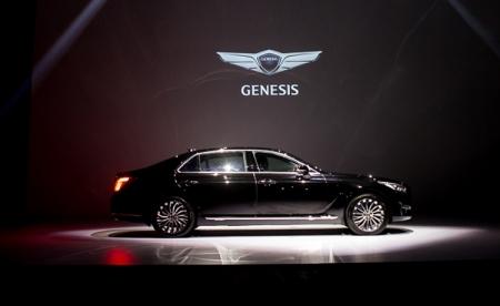 Hyundai представила в России премиальный бренд Genesis
