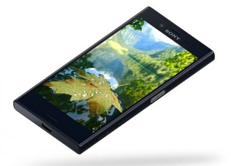 Смартфон Sony Xperia XCompact с 4,6