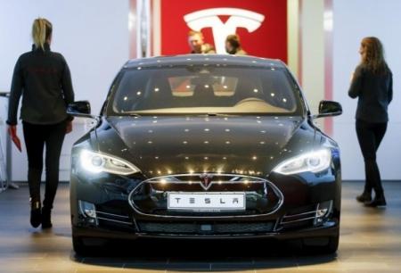 Tesla увеличила поставки электромобилей на 111 %