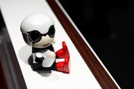 Робот для одиноких автомобилистовKirobo Mini от Toyota поступит в продажу в следующем году