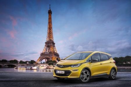 Электромобиль Opel Ampera-e предстал на Парижском автосалоне
