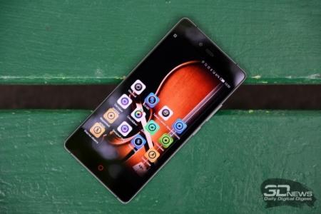 ZTE вышла на второе место по продажам смартфонов в России