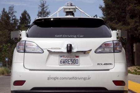 В Калифорнии разрешат тестировать робомобили без водителя