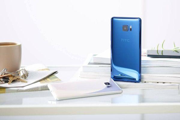 В России вышел смартфон HTC U Ultra