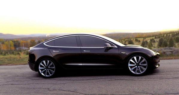 Илон Маск рассказал о модификациях нового электрокара Tesla Model 3