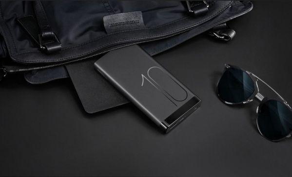 Huawei представил внешний аккумулятор Mobile Power