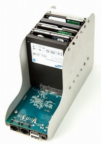 NAS GnuBee GB-PC1 использует пассивное охлаждение воздухом